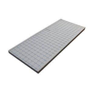 电缆沟盖板制作角铁边框的方法